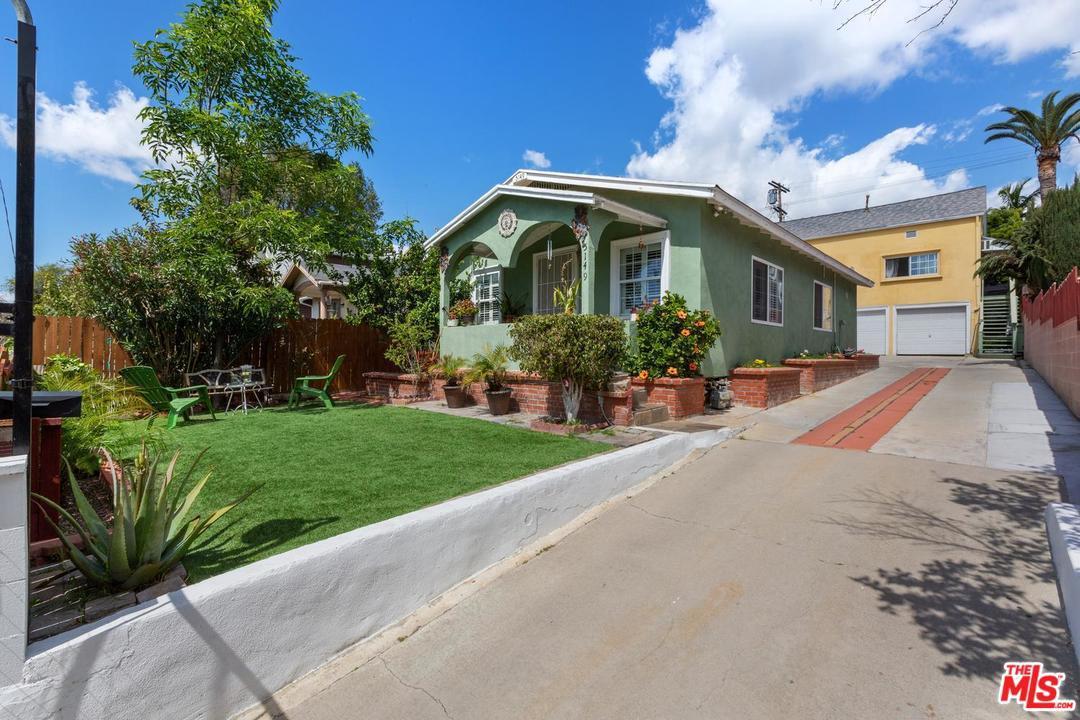 5149 Range View Avenue Los Angeles, CA 90042
