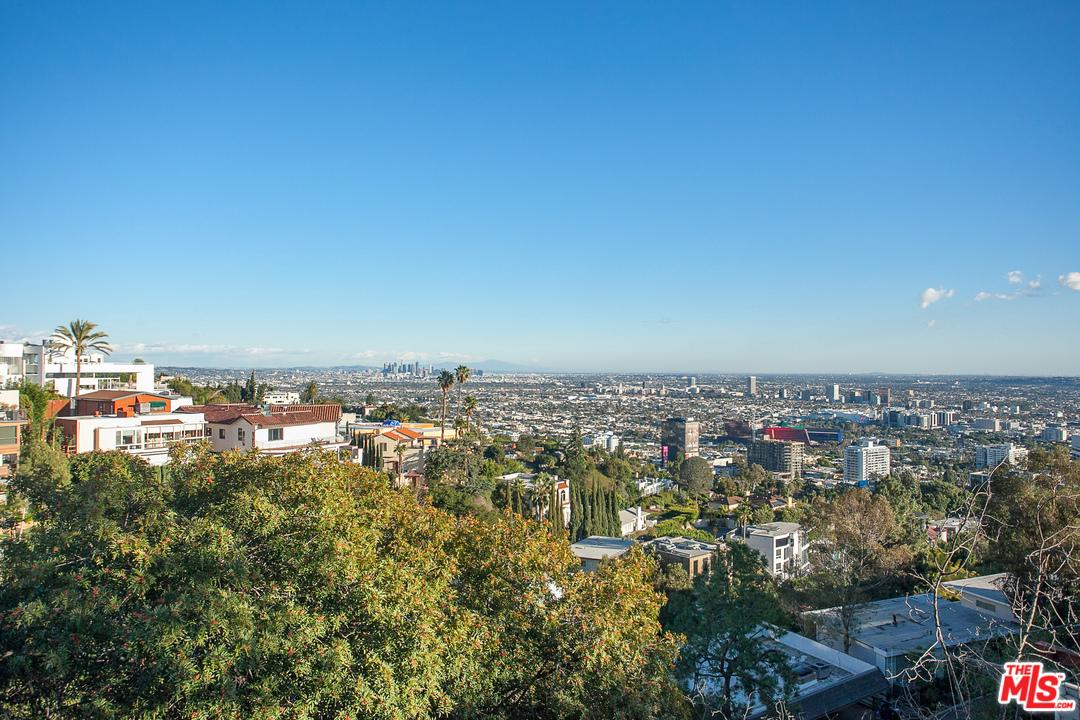 9442 Sierra Mar Place Los Angeles, CA 90069