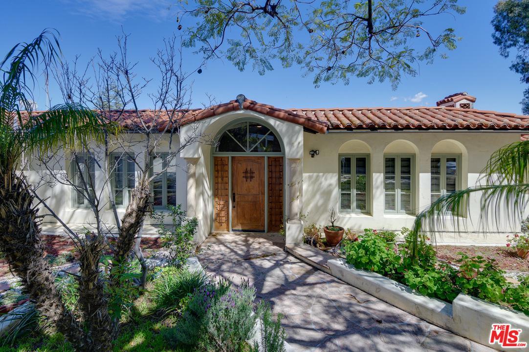 3623 Dixie Canyon Avenue Sherman Oaks, CA 91423
