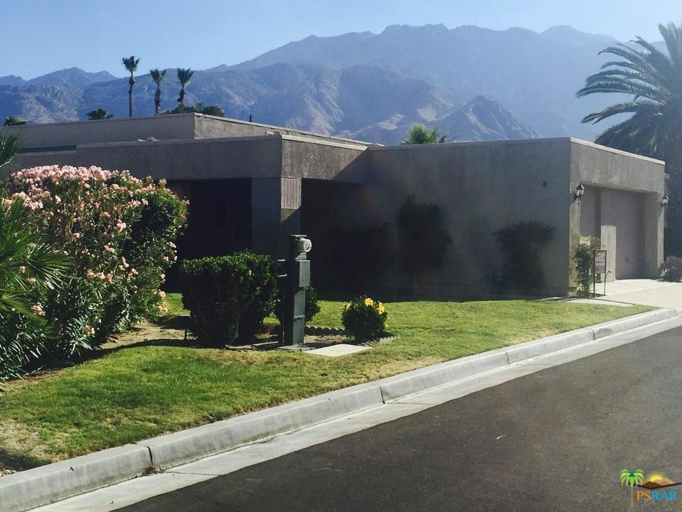 1589 Sunflower Court Palm Springs, CA 92262