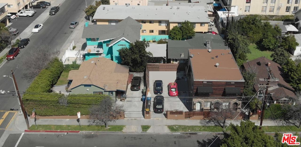 5915 Lexington Avenue Los Angeles, CA 90038