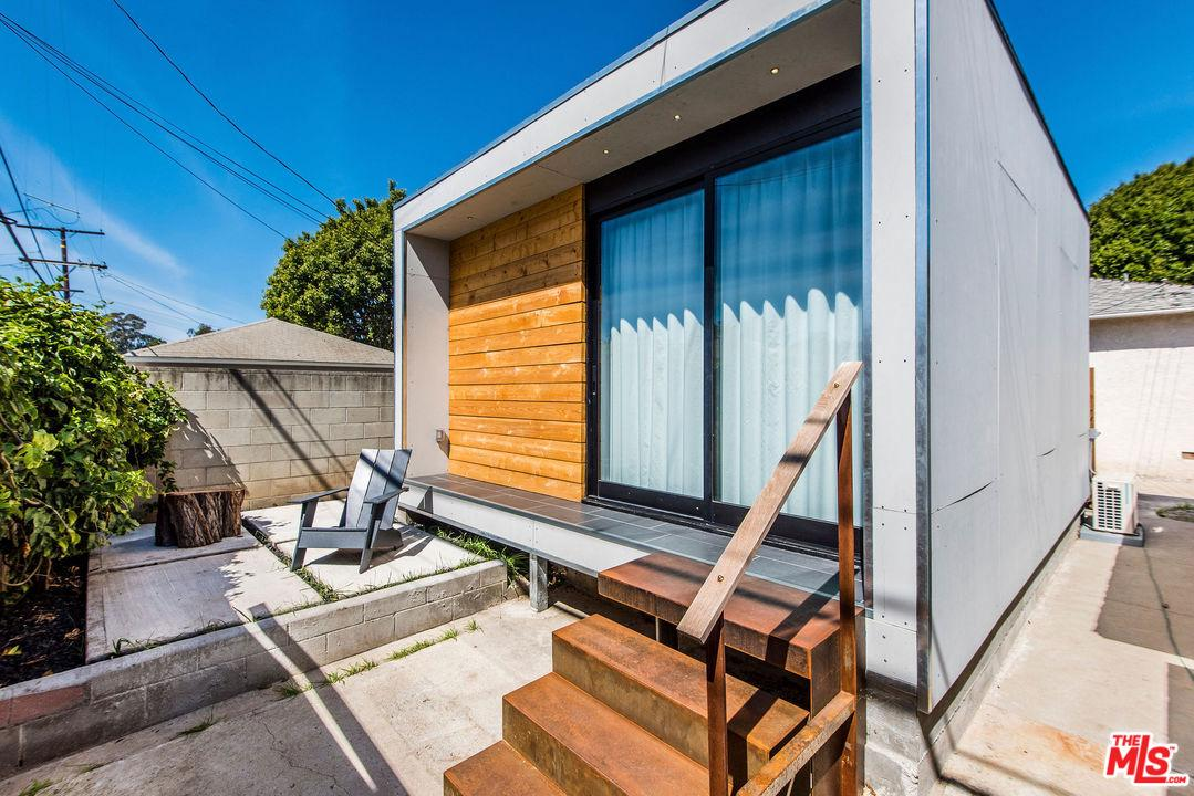 One of Guest House Santa Monica Homes for Sale at 2934 DELAWARE Avenue