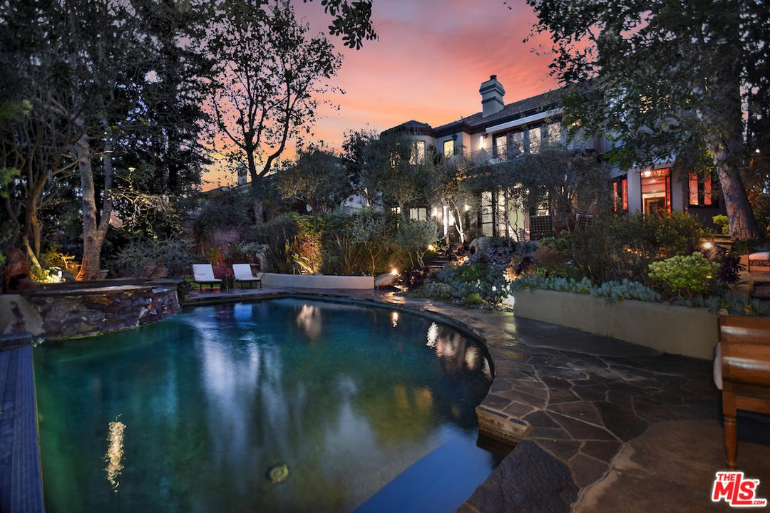 11718 WETHERBY Lane, Bel Air, California