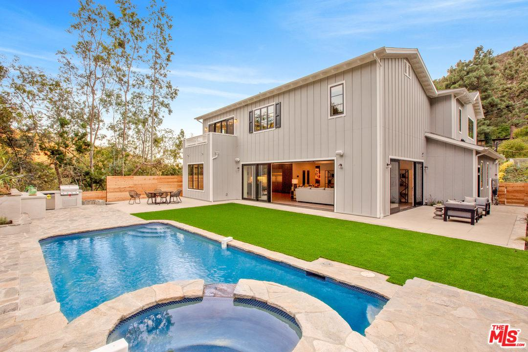 2262 BETTY Lane, Beverly Hills in Los Angeles County, CA 90210 Home for Sale