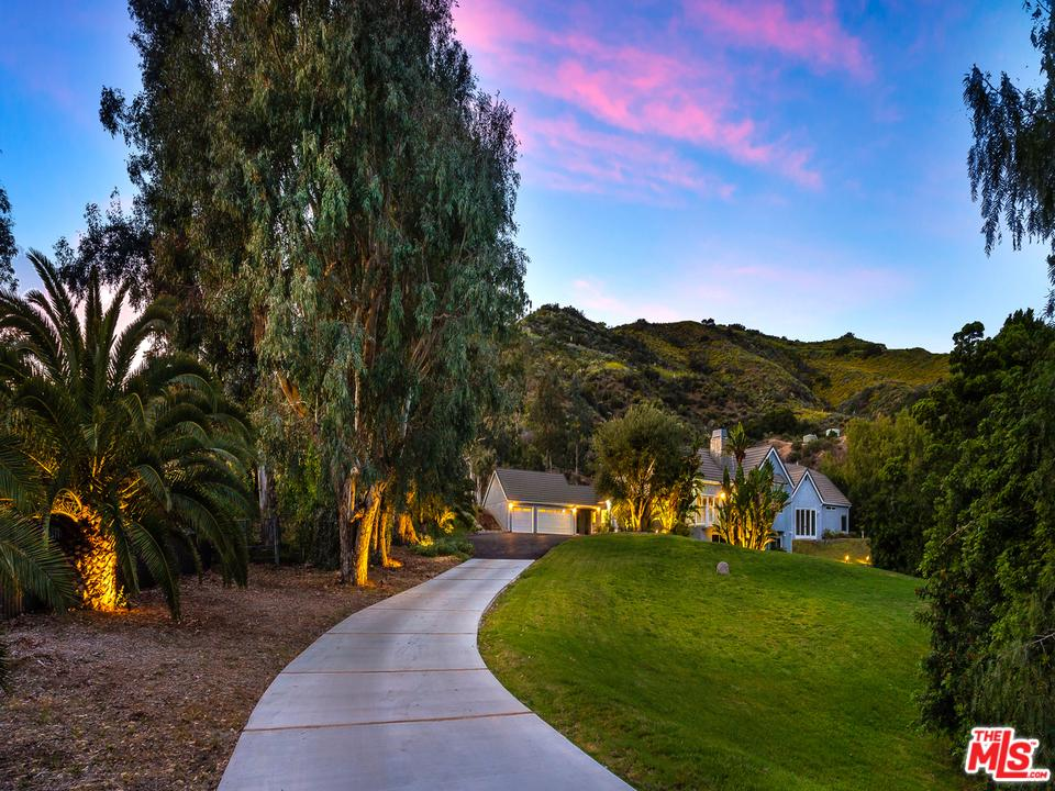 2069 COLD CANYON Road, Calabasas, California