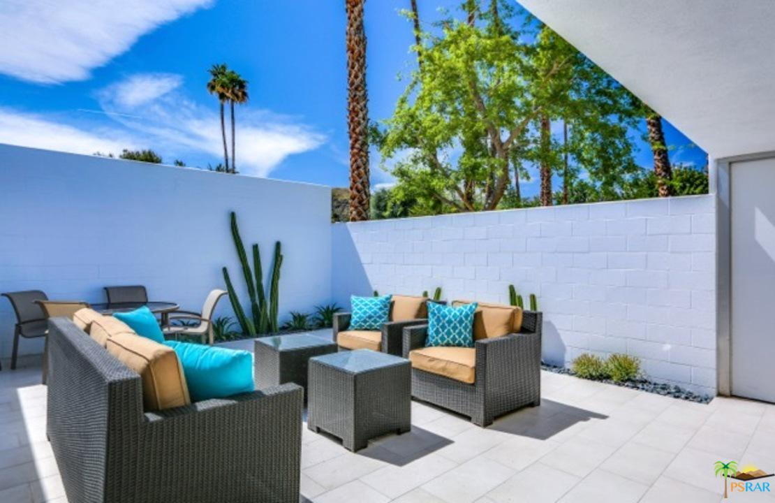 52 Lakeview Drive Palm Springs, CA 92264
