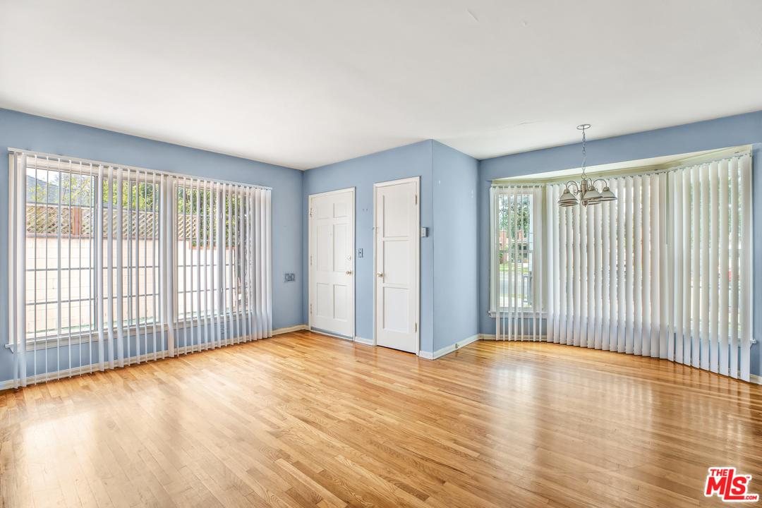 4069 SAWTELLE - photo 2