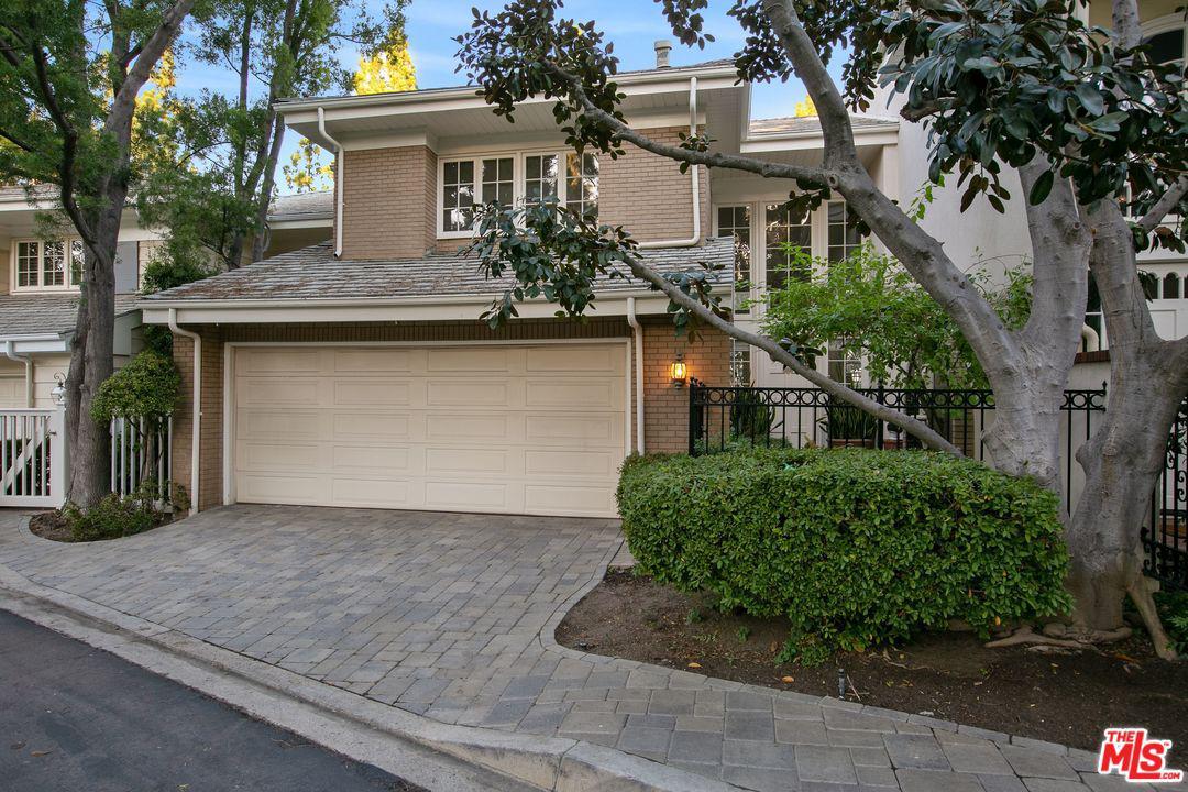 12560 The Vista Vista Los Angeles, CA 90049