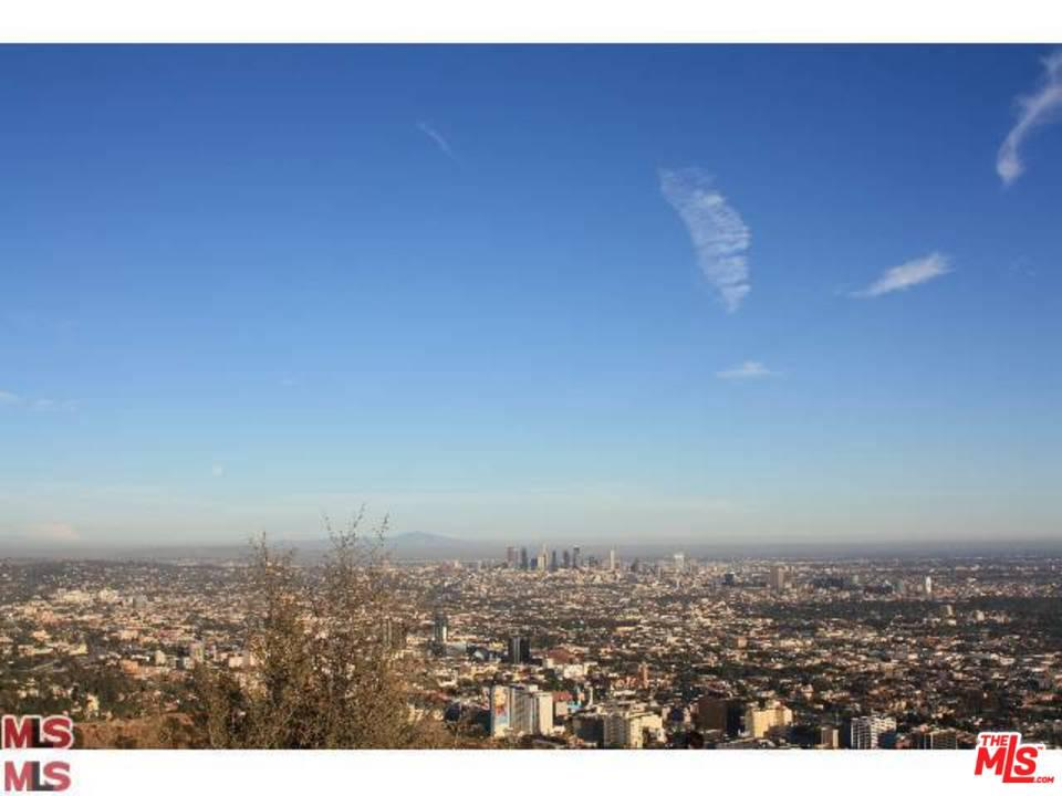 8323 Elusive Drive Los Angeles, CA 90046