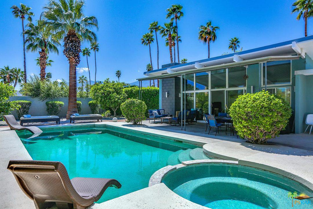 292 North Monterey Road Palm Springs, CA 92262
