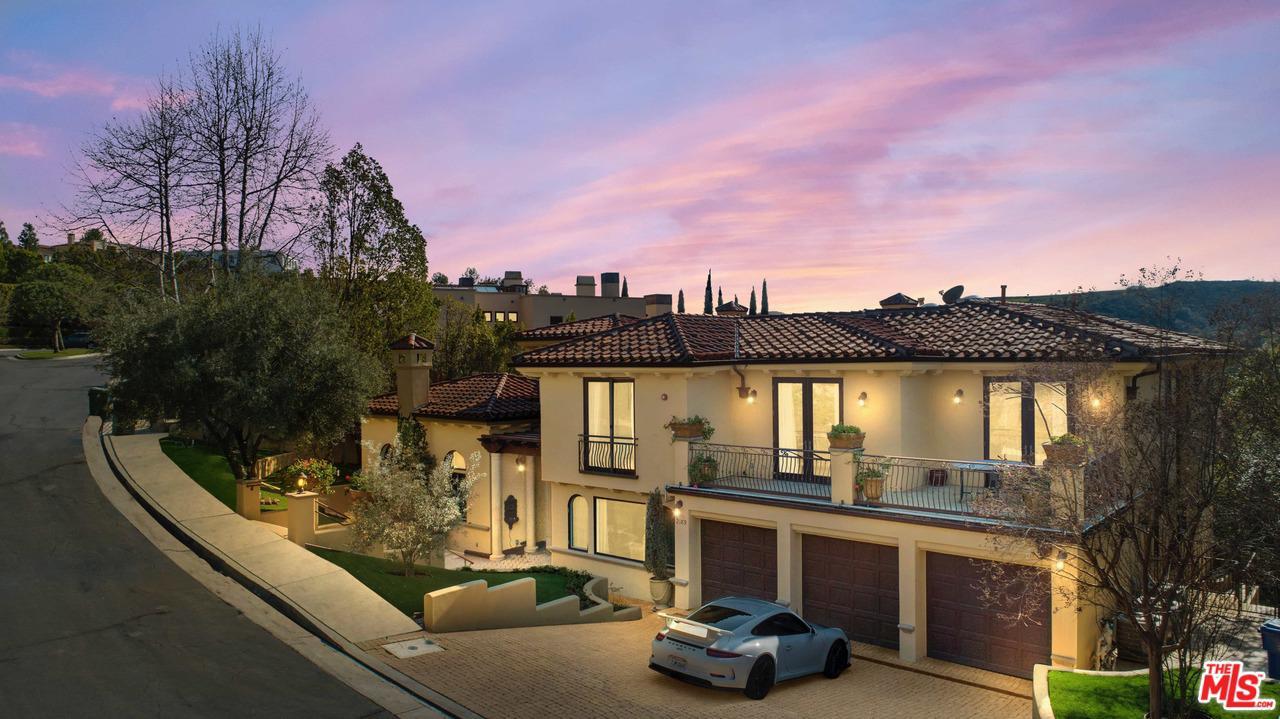 2189 Sheringham Lane Los Angeles, CA 90077