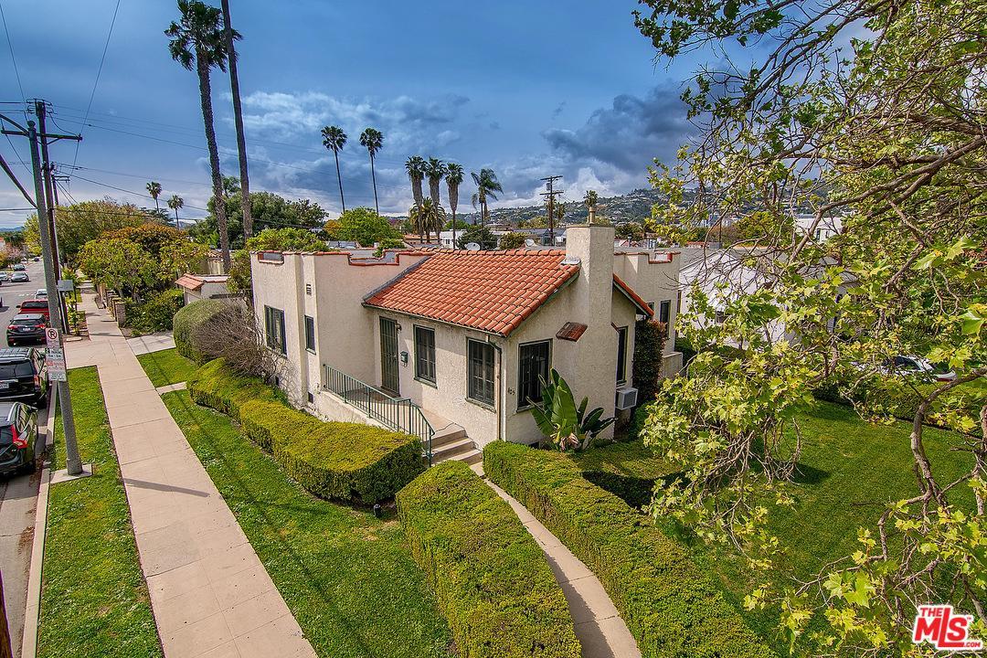 405 North Harper Avenue Los Angeles, CA 90048