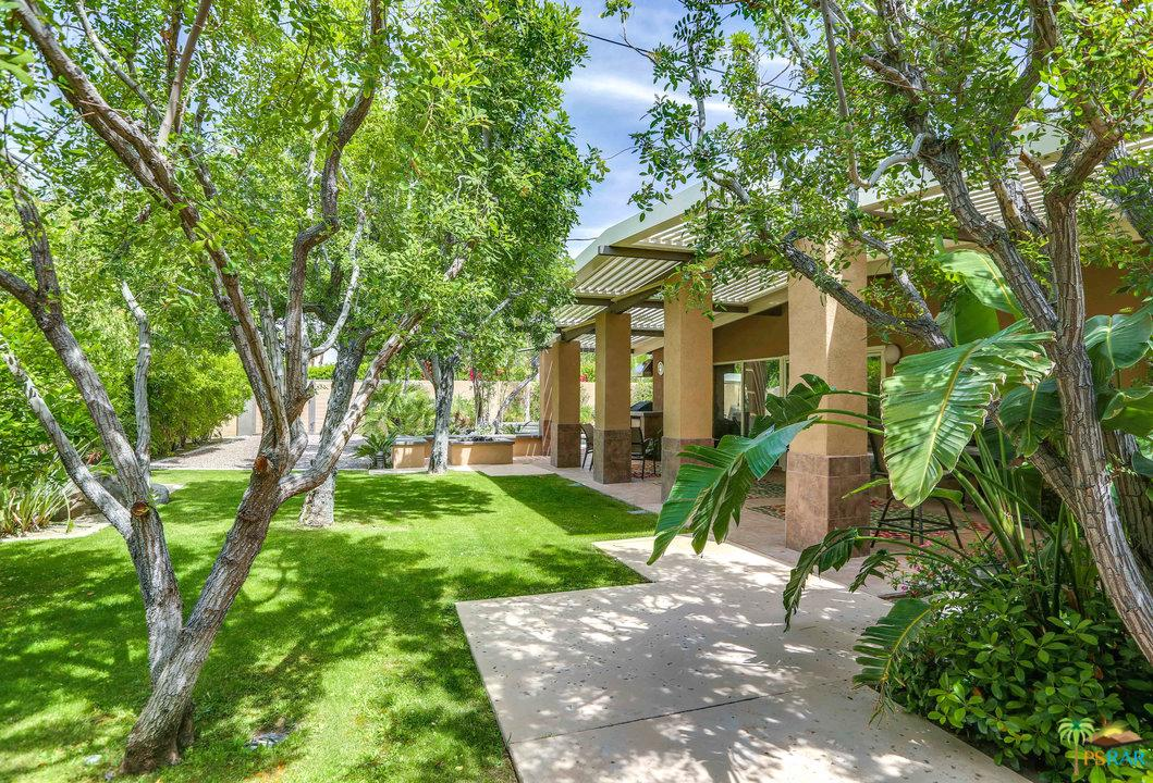 297 North Monterey Road Palm Springs, CA 92262