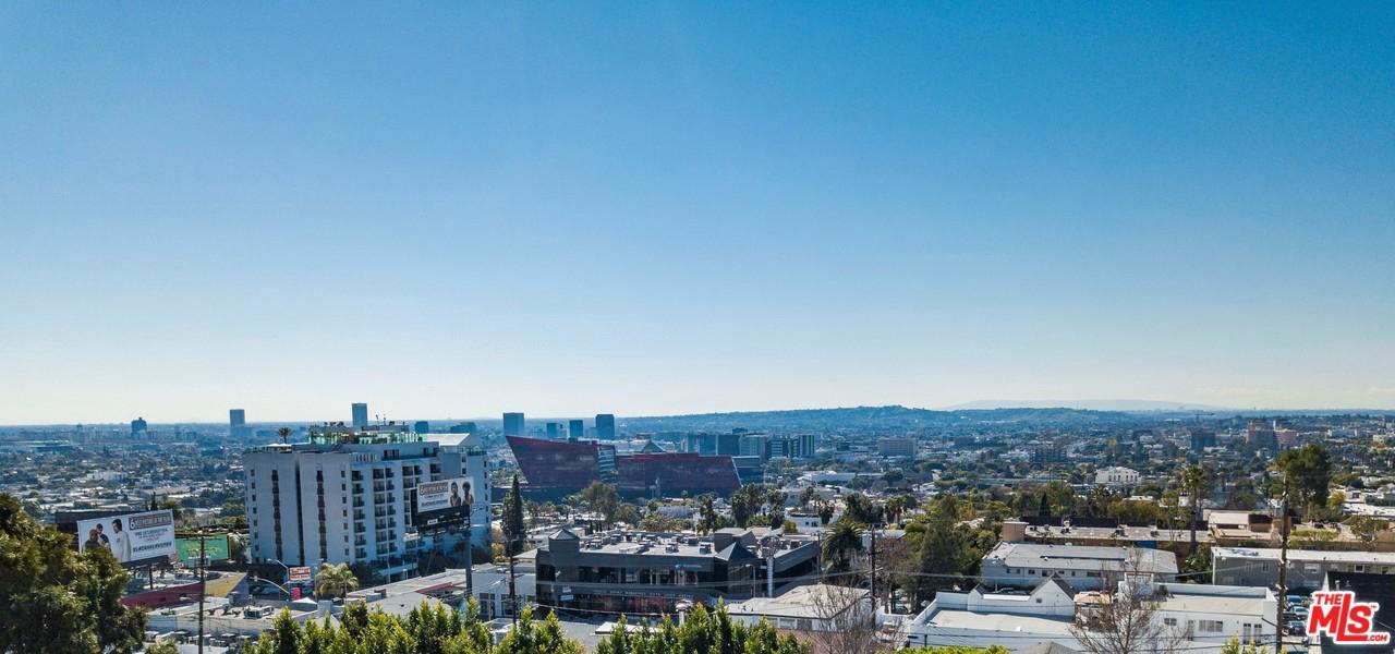 1215 Hilldale Avenue Los Angeles, CA 90069