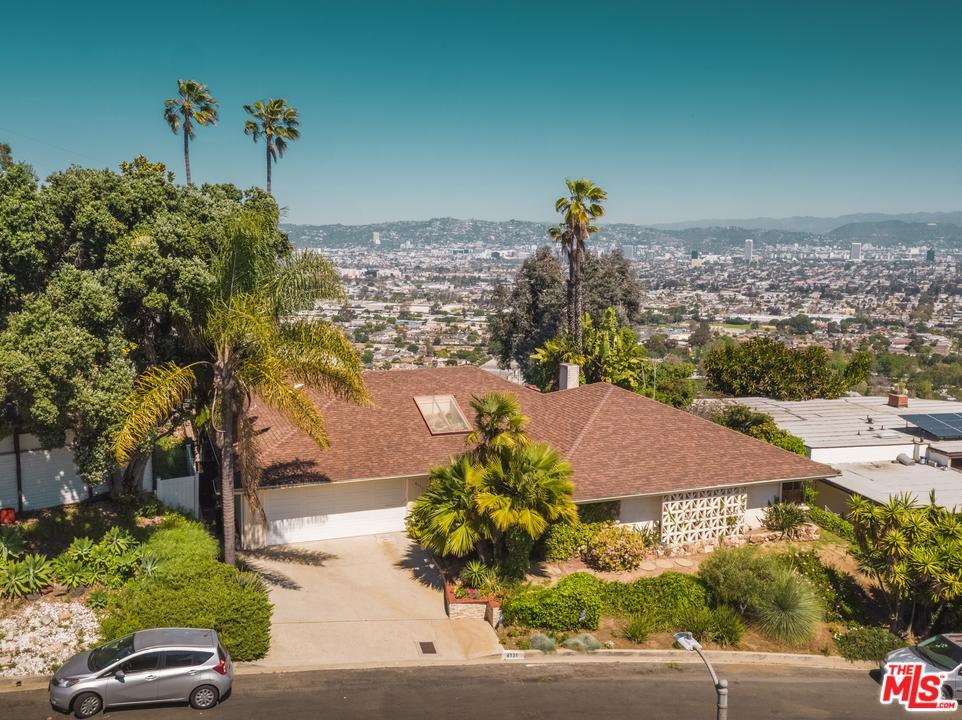 4131 South Cloverdale Avenue Los Angeles, CA 90008