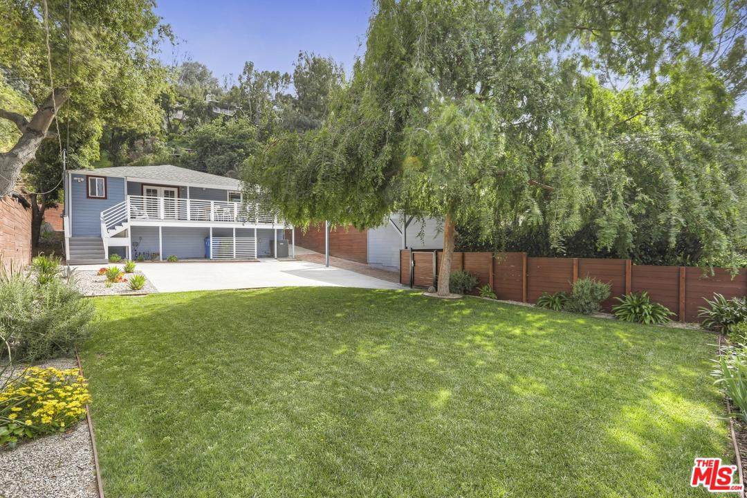 1330 Oak Grove Drive Los Angeles, CA 90041