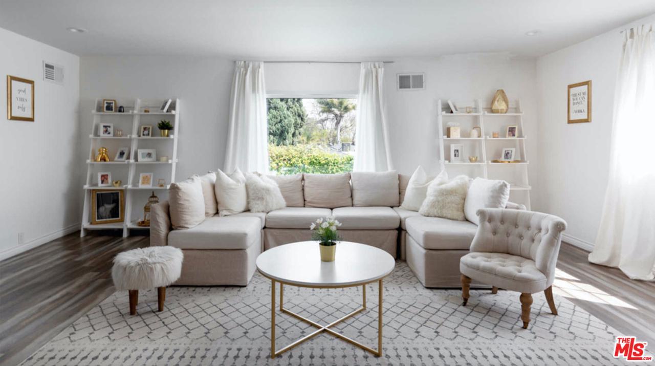 1800 South Hayworth Avenue Los Angeles, CA 90035