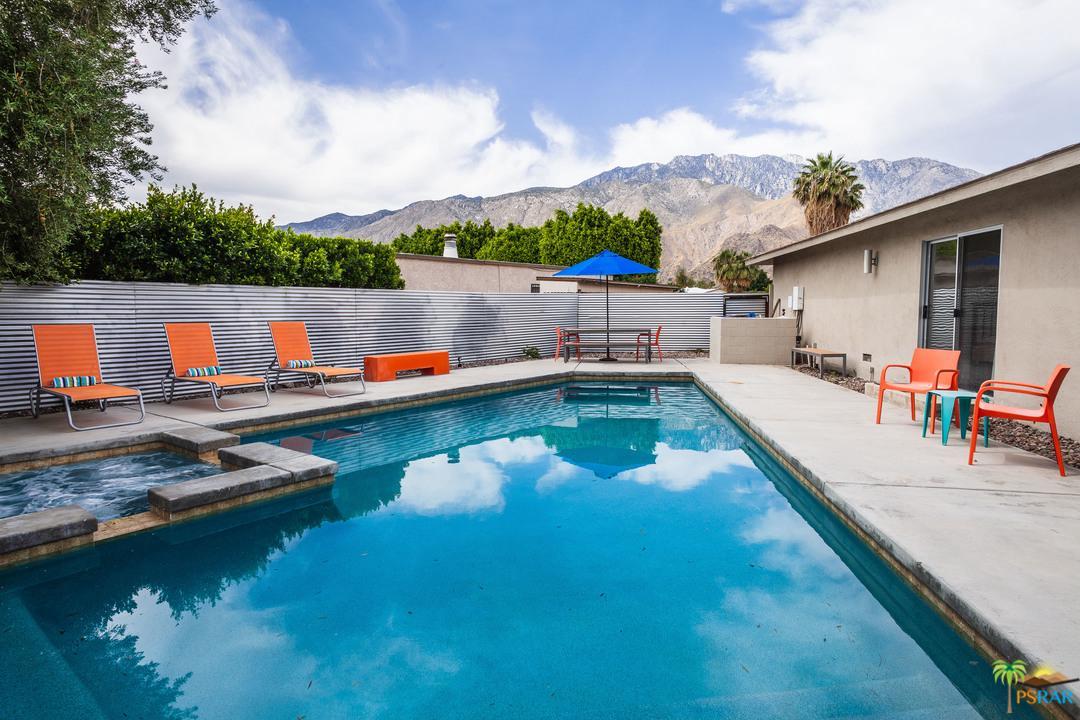 2390 North Aurora Drive Palm Springs, CA 92262