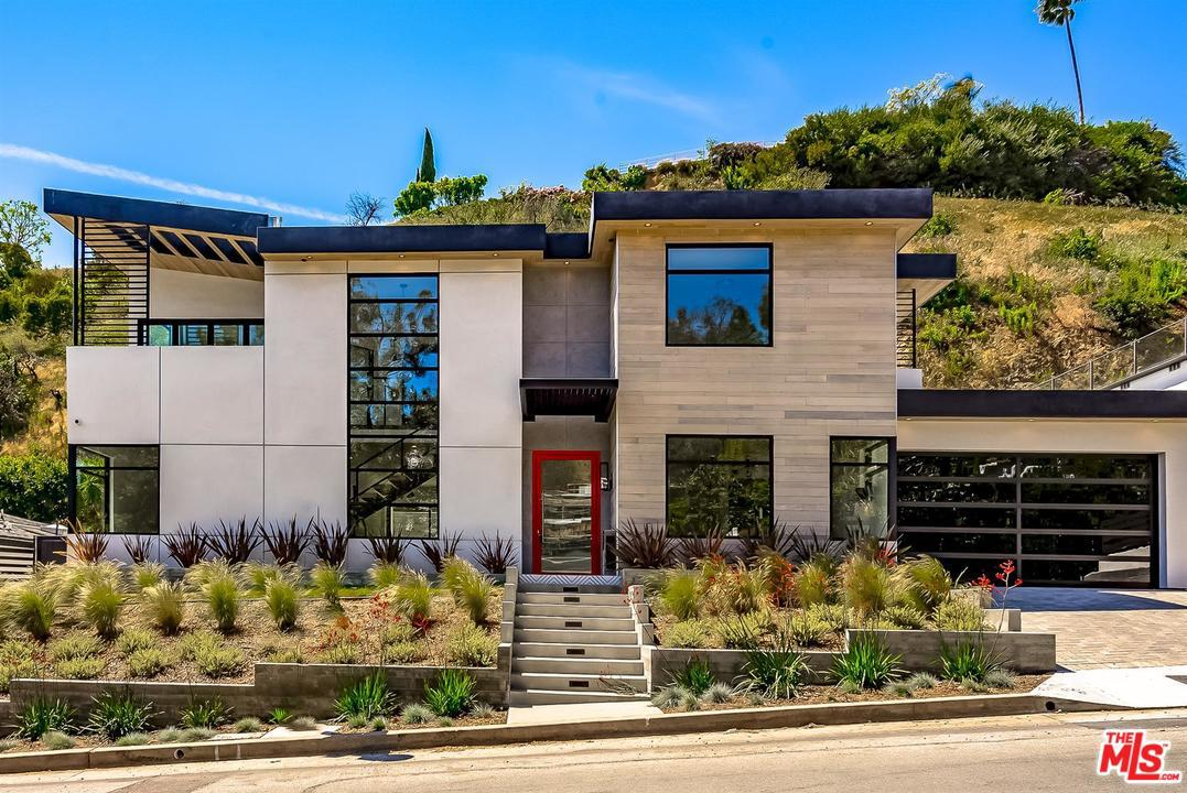 1319 Sunset Plaza Drive Los Angeles, CA 90069