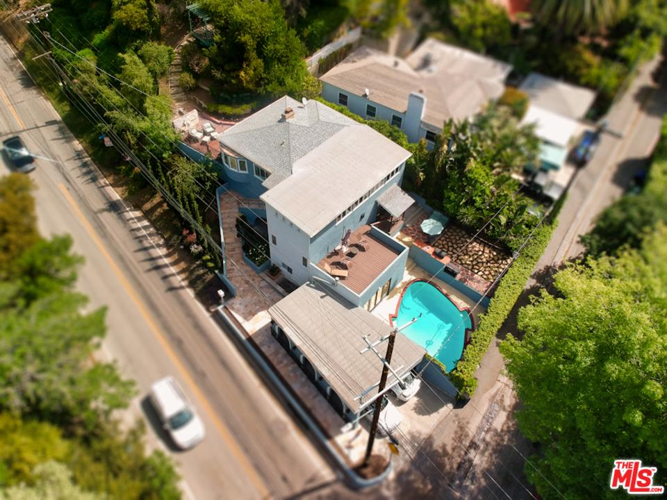 2300 BENEDICT CANYON Drive, Beverly Hills, California