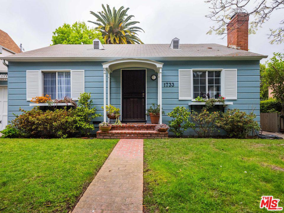 One of Single Story Santa Monica Homes for Sale at 1733 ROBSON Avenue