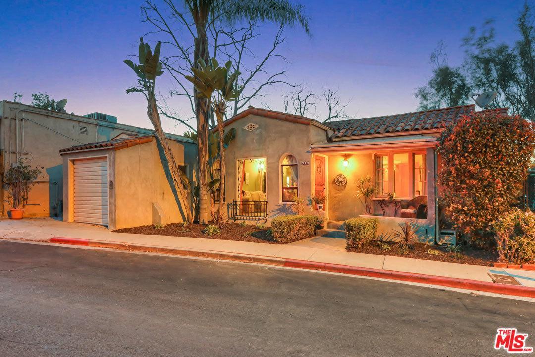 1531 Parmer Avenue Los Angeles, CA 90026