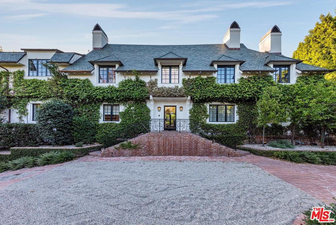 825 LOMA VISTA Drive, Beverly Hills in Los Angeles County, CA 90210 Home for Sale
