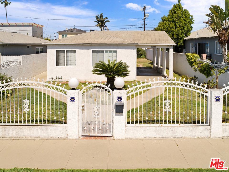 12615 Walsh Avenue Los Angeles, CA 90066