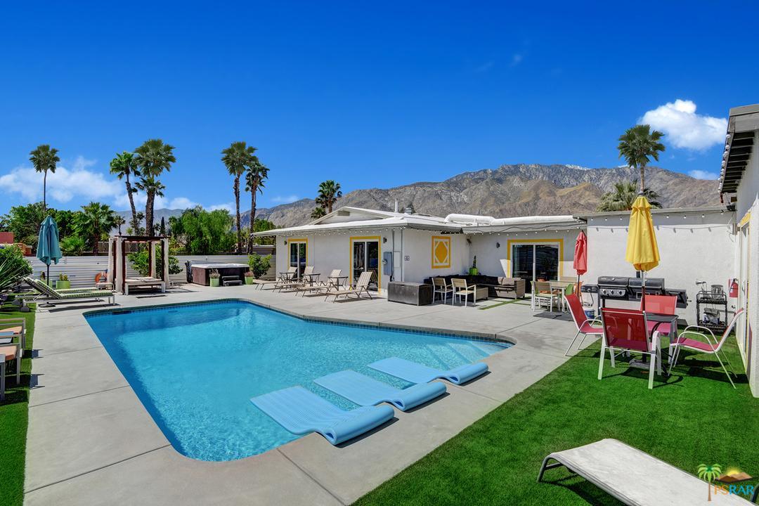 2110 North Avenida Caballeros Palm Springs, CA 92262