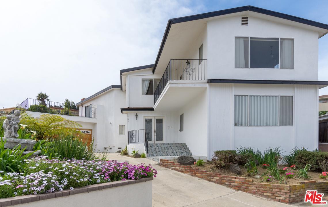 4506 Don Arturo Place Los Angeles, CA 90008