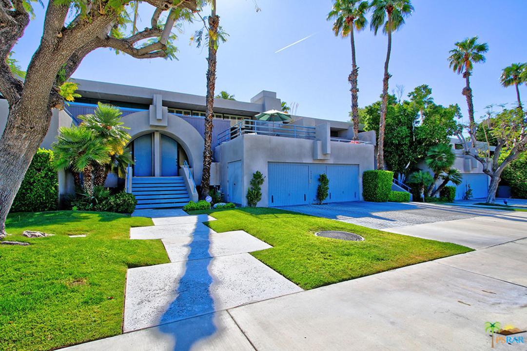 1520 North Kaweah Road Palm Springs, CA 92262