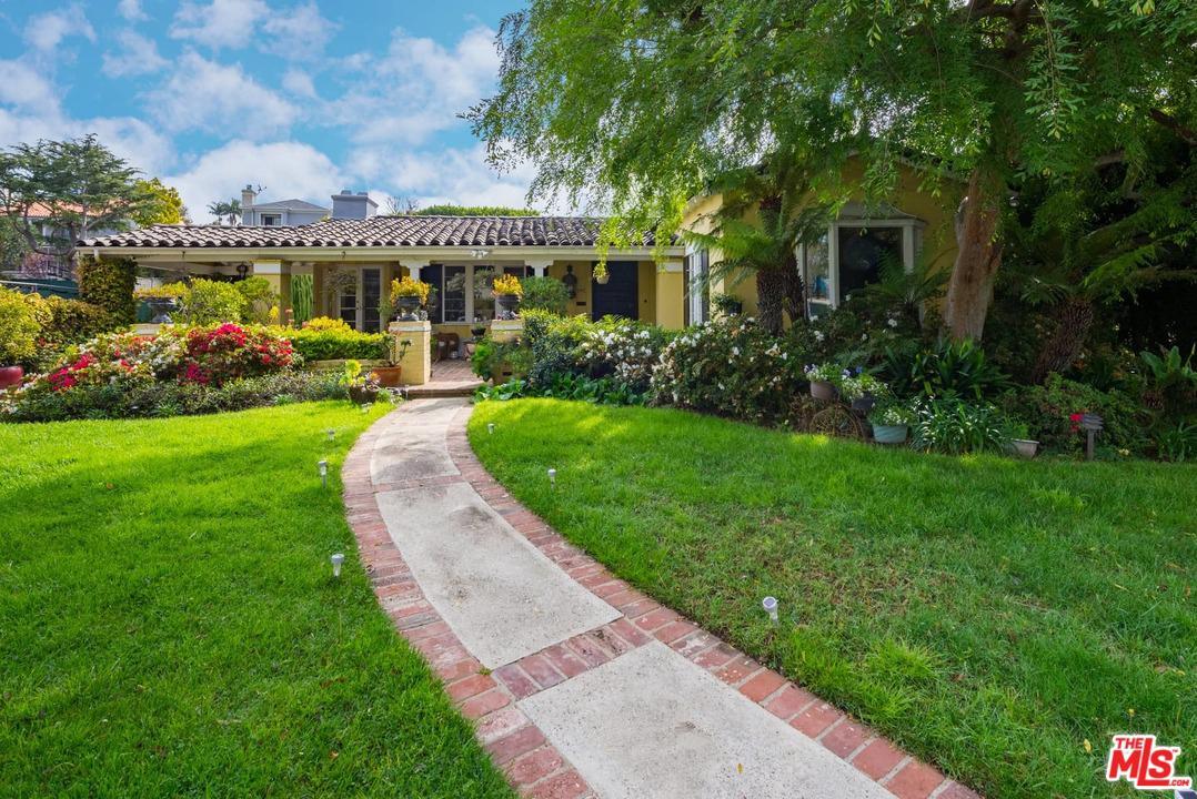 740 Warner Avenue Los Angeles, CA 90024