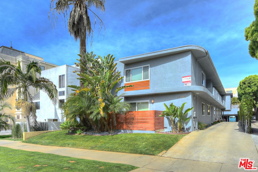 11921 Goshen Avenue Los Angeles, CA 90049