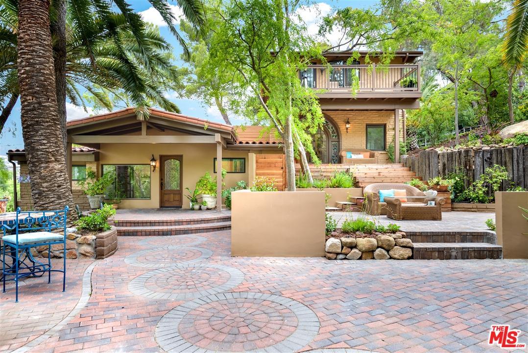 636 REITHE Avenue, Calabasas, California
