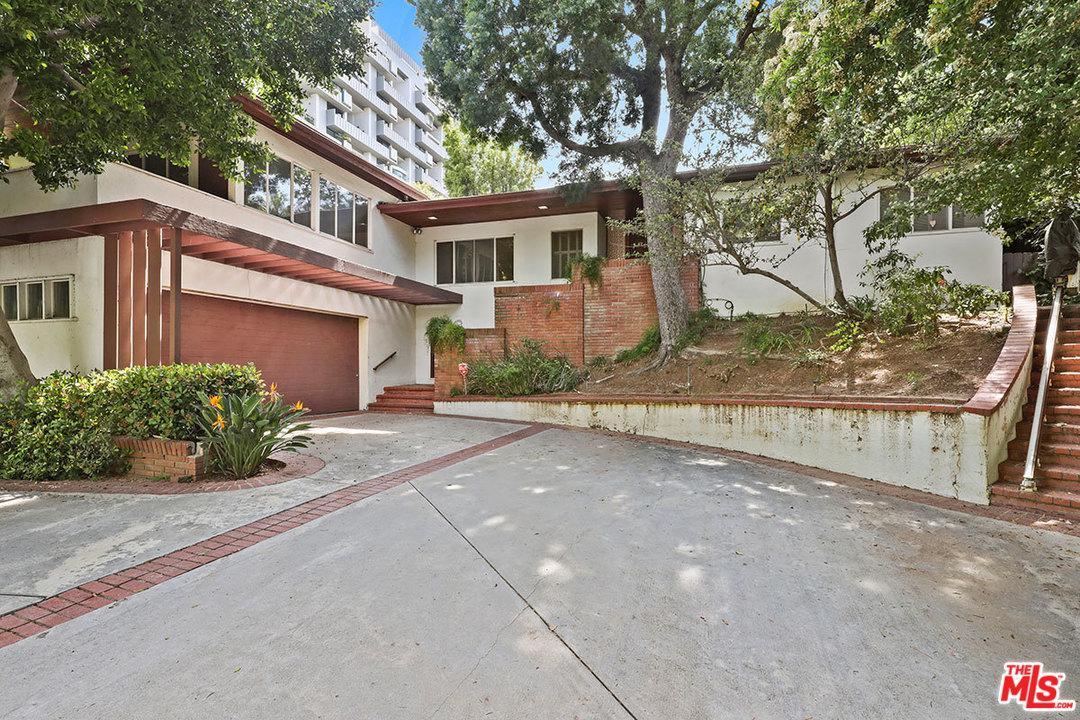 843 Devon Avenue Los Angeles, CA 90024