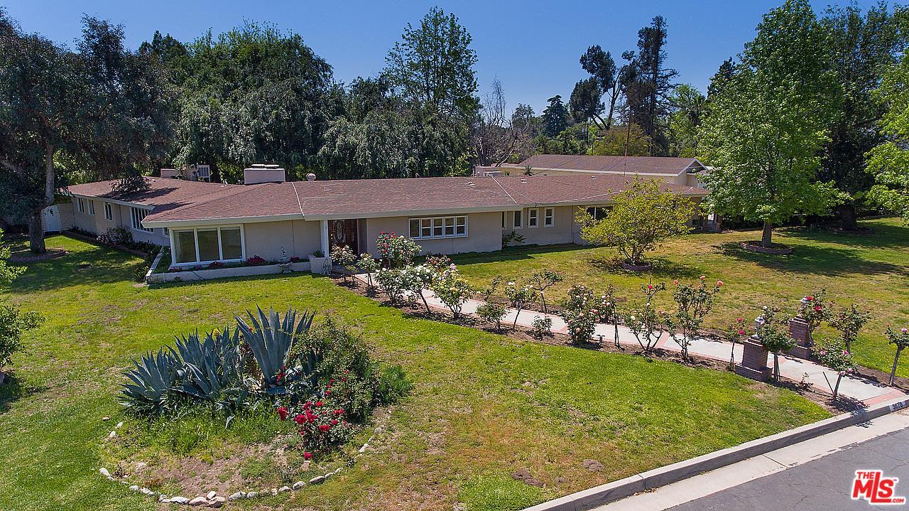 3670 Lombardy Road Pasadena, CA 91107