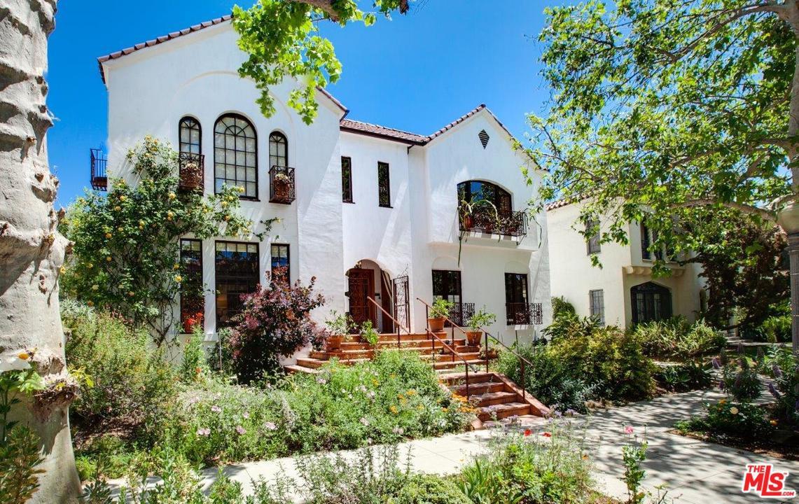 130 South Sycamore Avenue Los Angeles, CA 90036