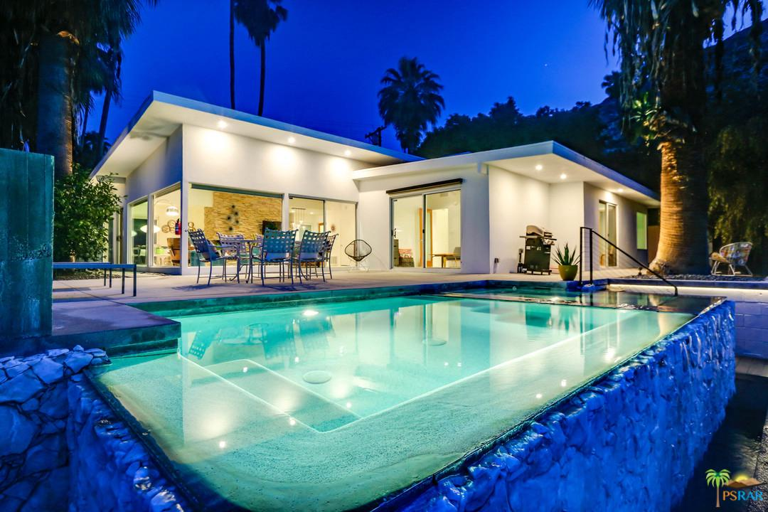 360 West Crestview Drive Palm Springs, CA 92264