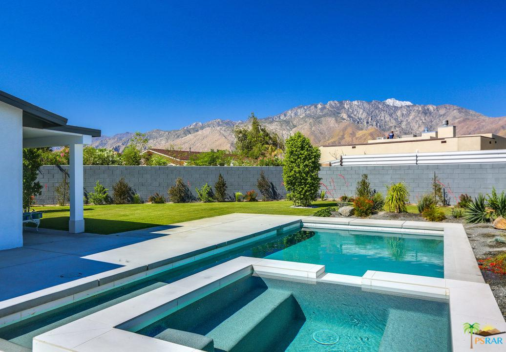 3095 North Farrell Drive Palm Springs, CA 92262