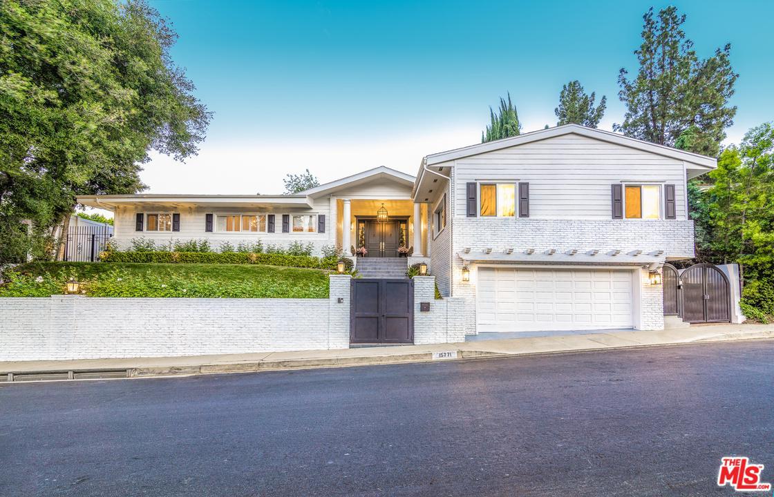 15771 Royal Ridge Road Sherman Oaks, CA 91403