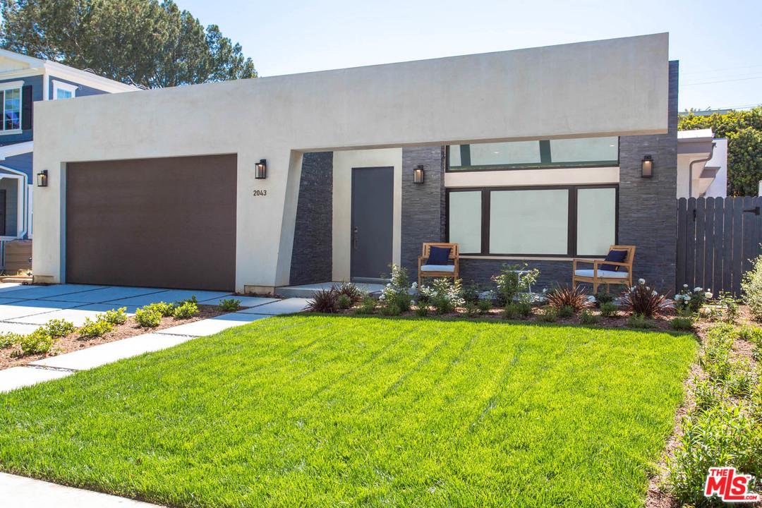 2043 Camden Avenue Los Angeles, CA 90025
