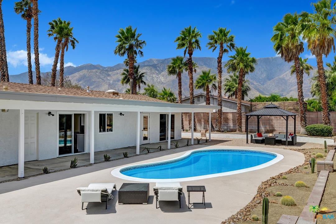 2304 East Bellamy Road Palm Springs, CA 92262