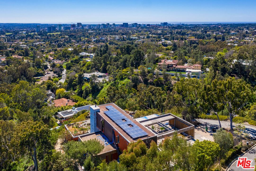 1360 SUMMITRIDGE PLACE, one of homes for sale in Beverly Hills