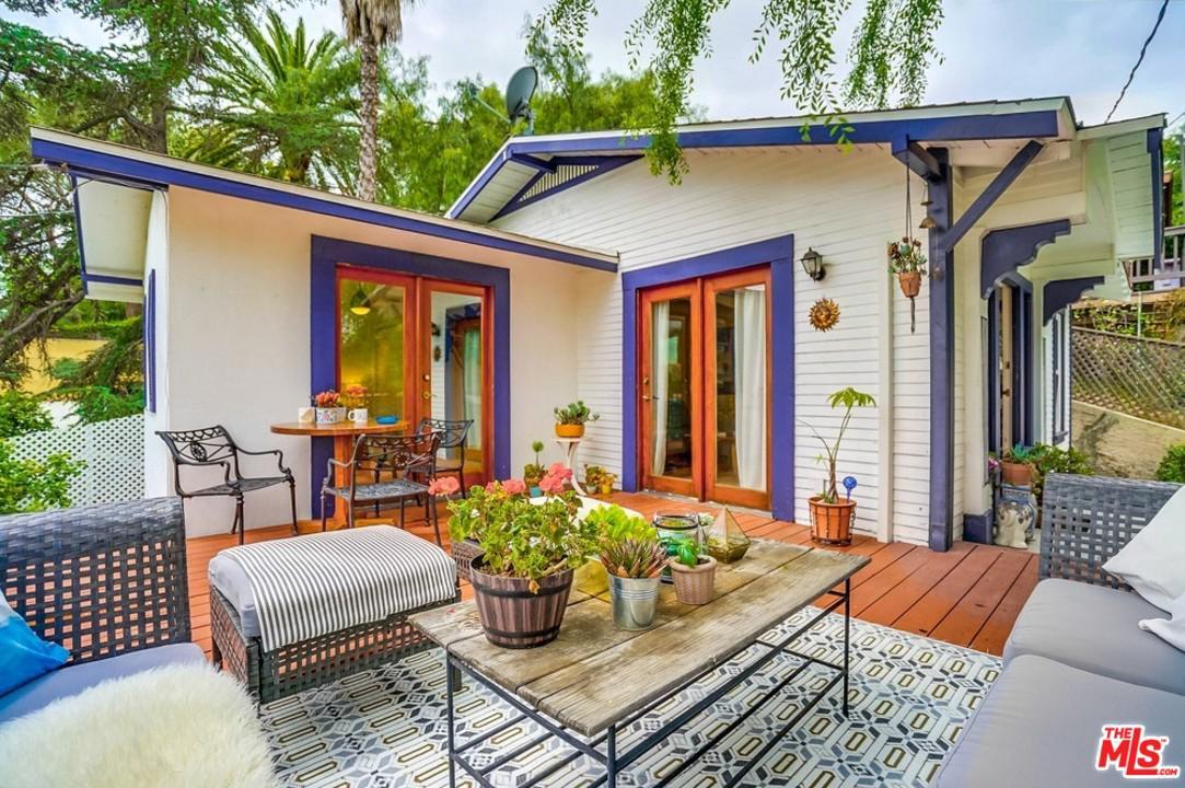 1623 Lucretia Avenue Los Angeles, CA 90026