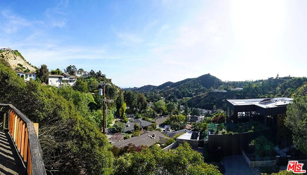 2320 GLOAMING Way, Beverly Hills, California