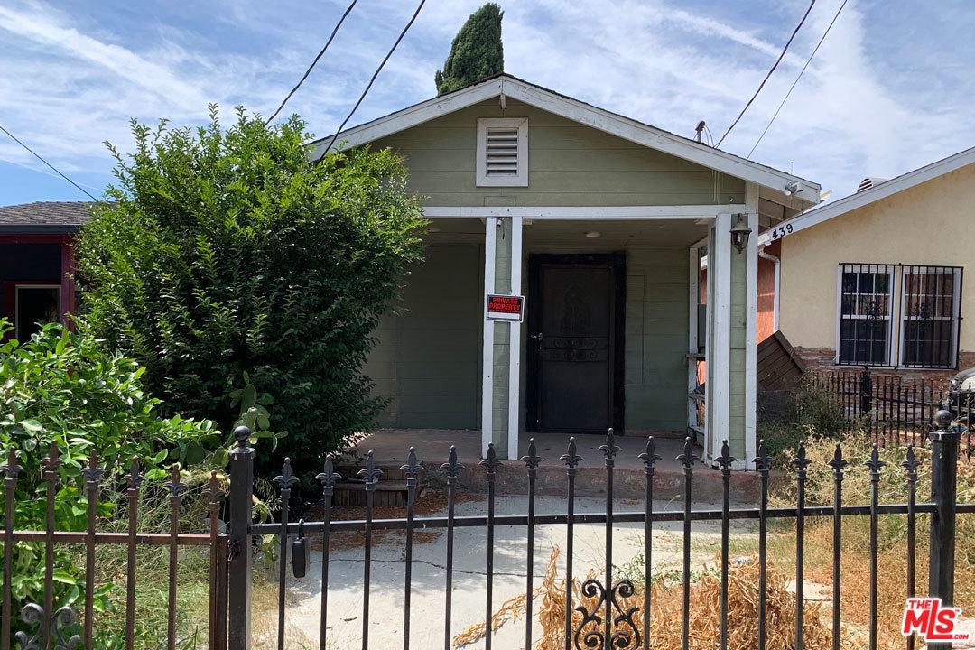437 North Mountain View Avenue Los Angeles, CA 90026