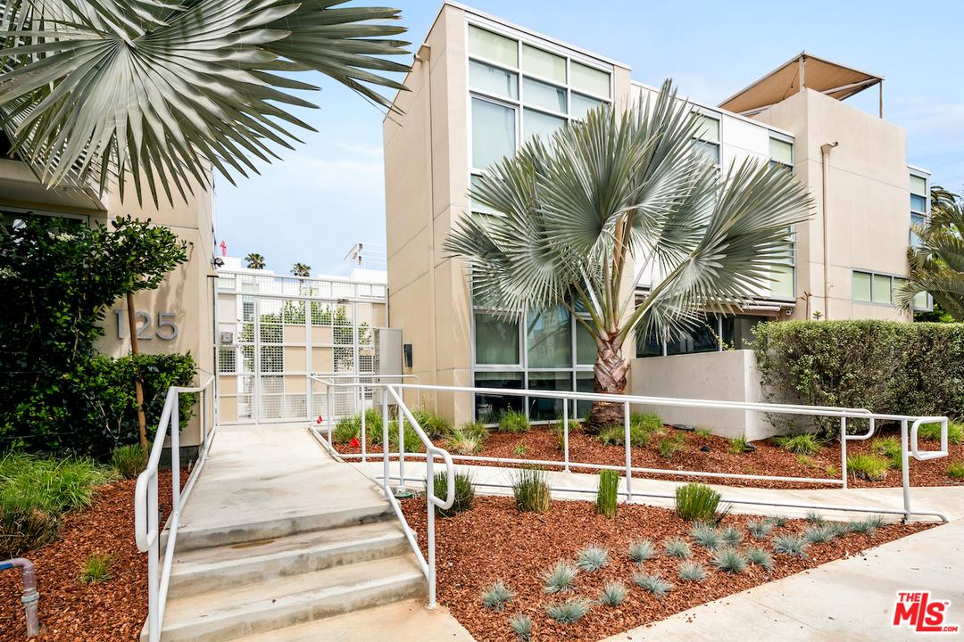 125 Pacific Street Santa Monica, CA 90405