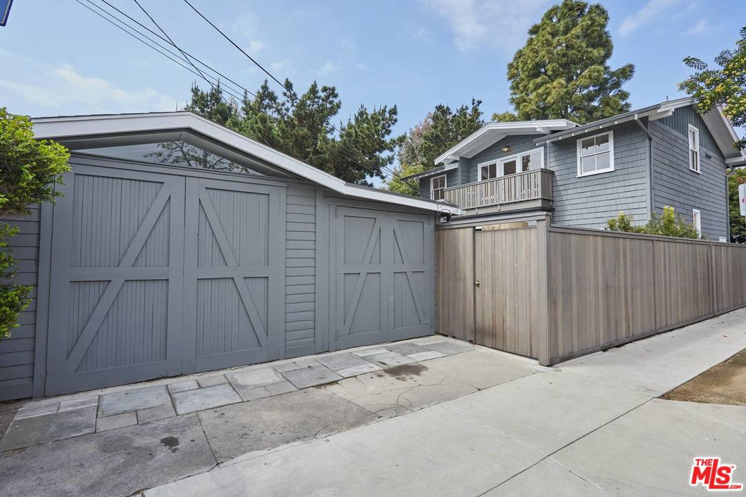 754 MARCO Place - photo 33