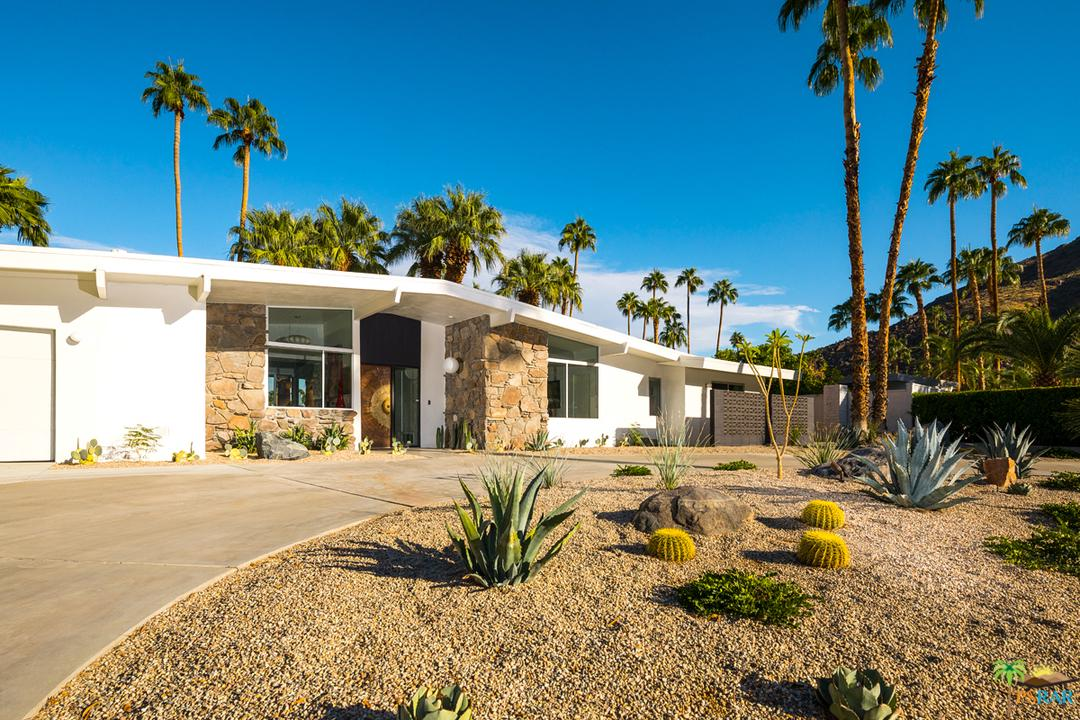 810 North Rose Avenue Palm Springs, CA 92262