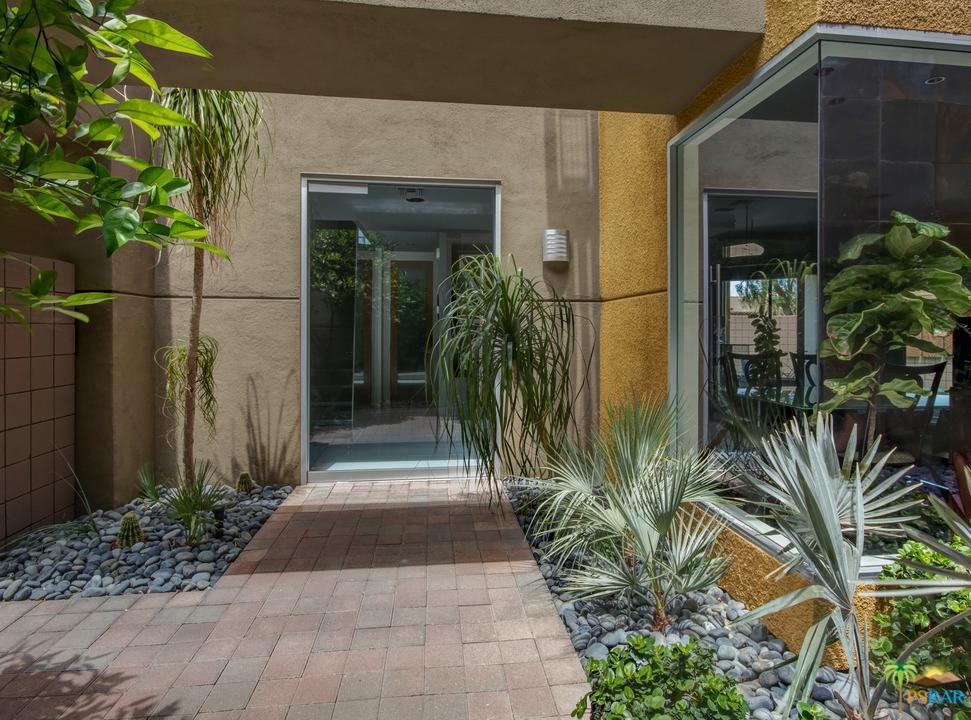 2090 Tangerine Court Palm Springs, CA 92262
